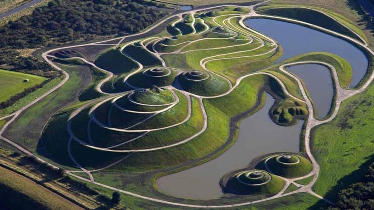 Уникальный Сад космических размышлений в Шотландии: интересные факты