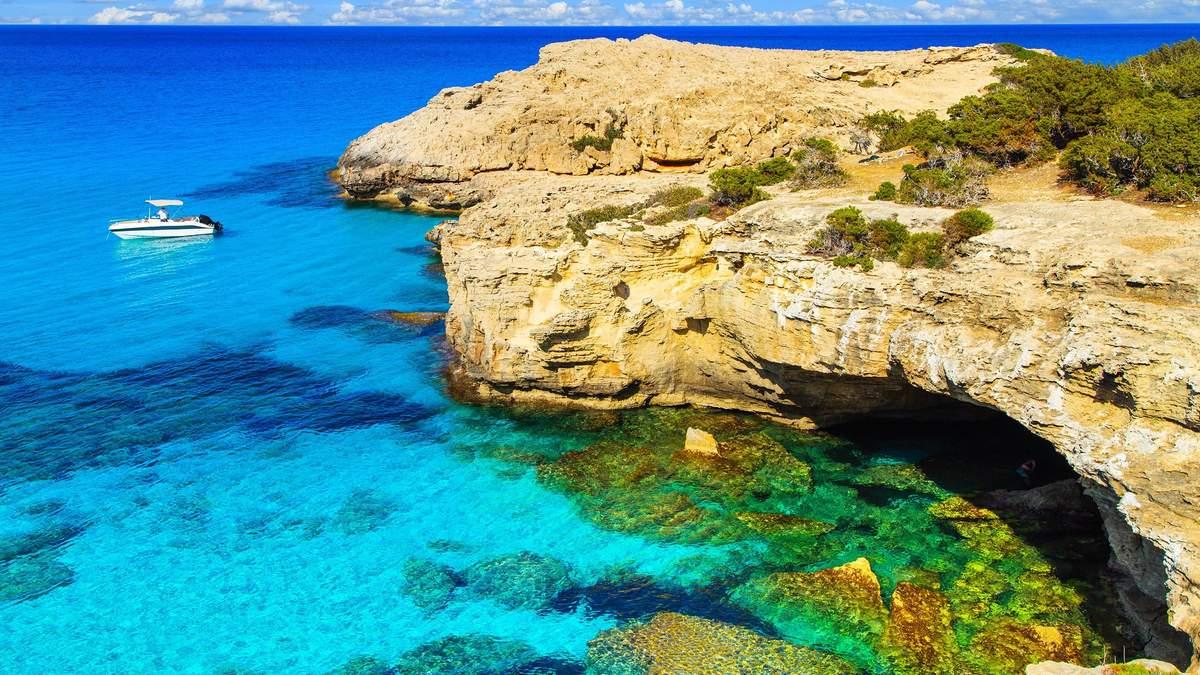 Коли і за яких умов українці зможуть відпочити на Кіпрі
