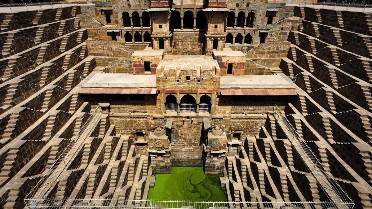 Чанд Баорі в Індії: колодязь, з якого не можна пити воду