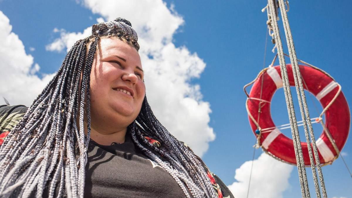 Реперка alyona alyona познайомила зі своїми рідними містами: фото, відео