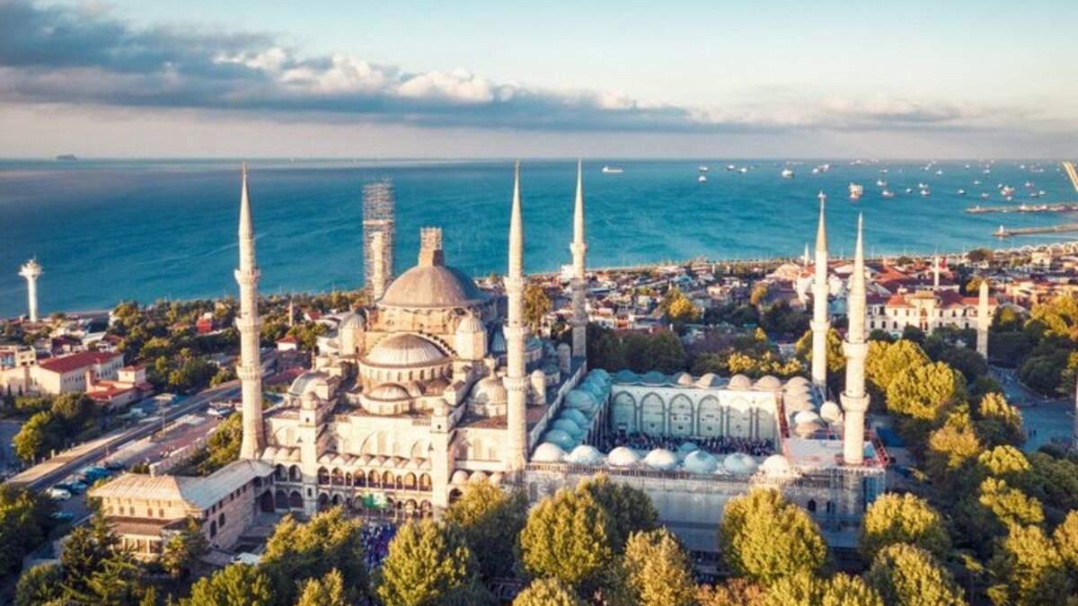МАУ збільшить кількість польотів з Києва до Стамбулу і відновить рейси з Одеси