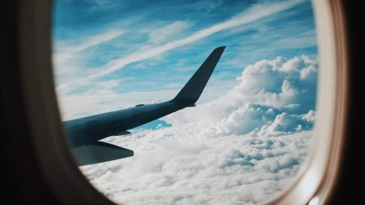 Греция продлила ограничения на международные полеты: известны сроки