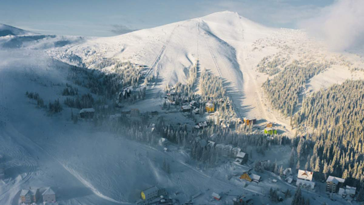 Гірськолижний курорт Буковель знову відкрився для туристів