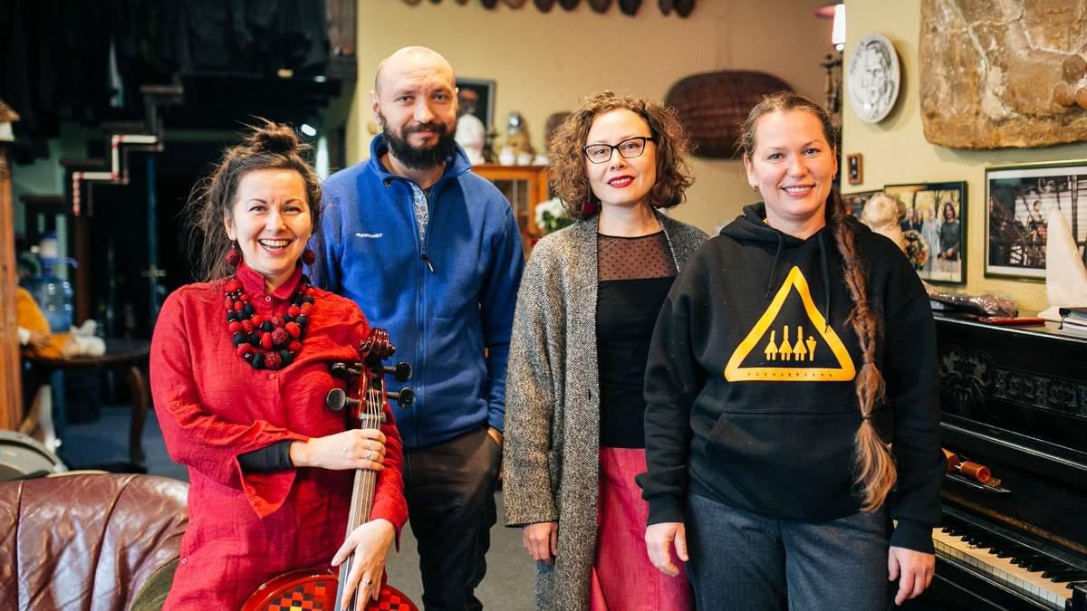 Участники DakhaBrakha показали интересные места в Киеве: фото, видео