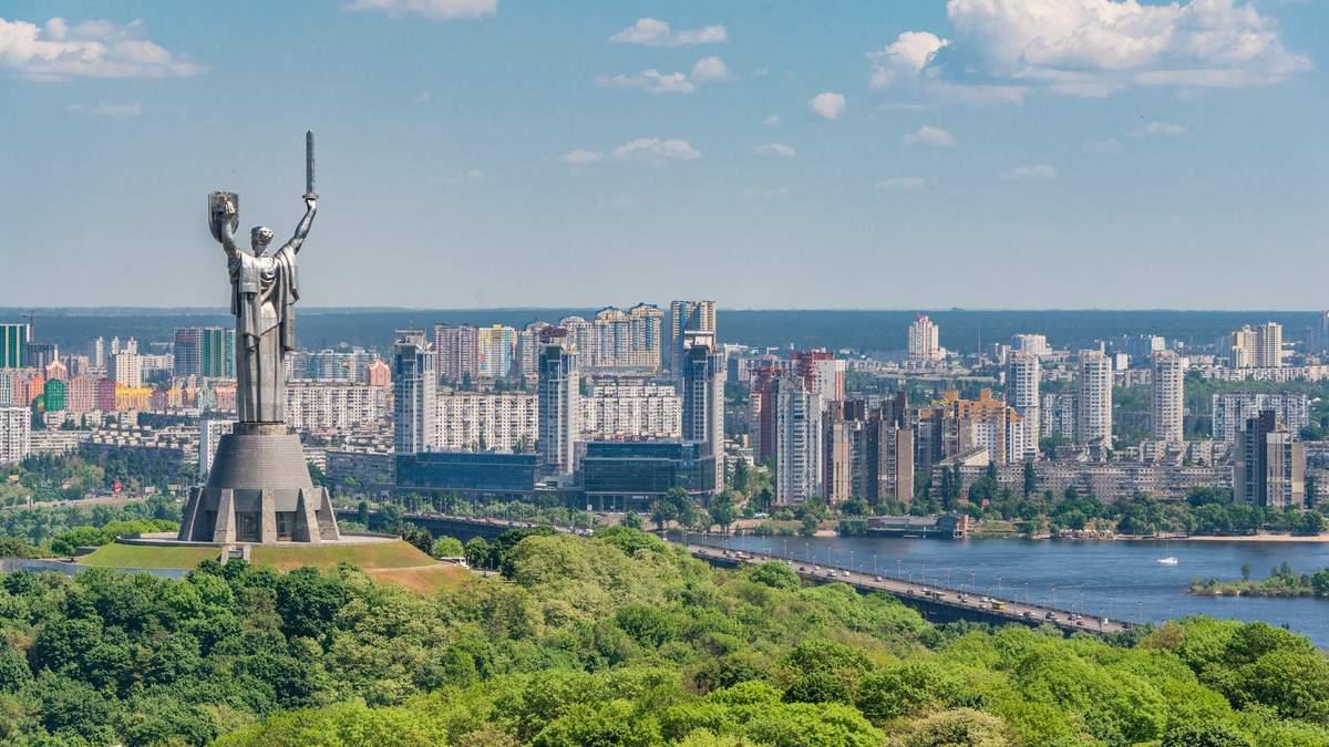 20 небанальних місць Києва: куди піти та що подивитися в столиці