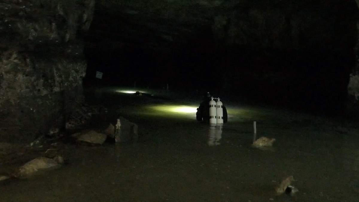 Пещерный дайвинг в Украине: в Донецкой области обустроили уникальные подводные маршруты