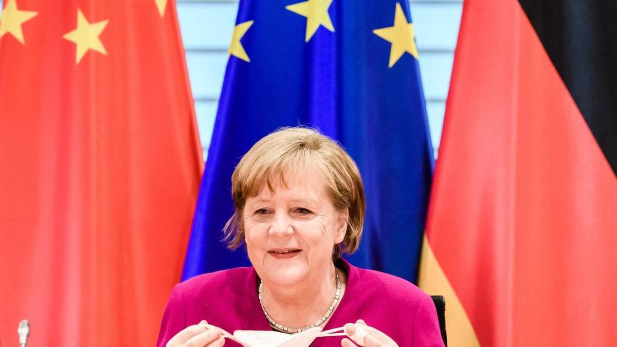 Меркель сподівається, що нещеплені туристи зможуть відвідати Європу