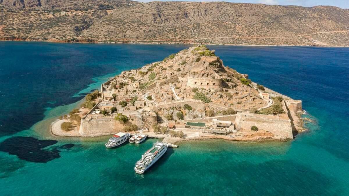 SkyUp запускає рейси з Києва на грецькі острови