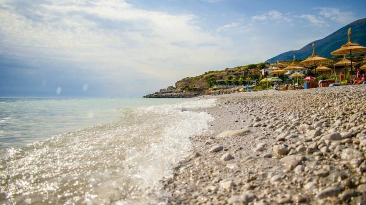 Албанія скасувала всі обмеження для іноземних туристів
