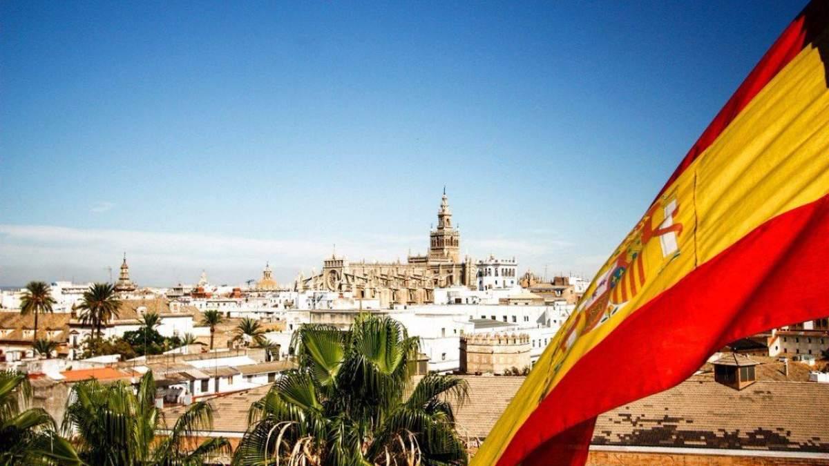 Испания с 27 июля 2021 открывается для украинцев