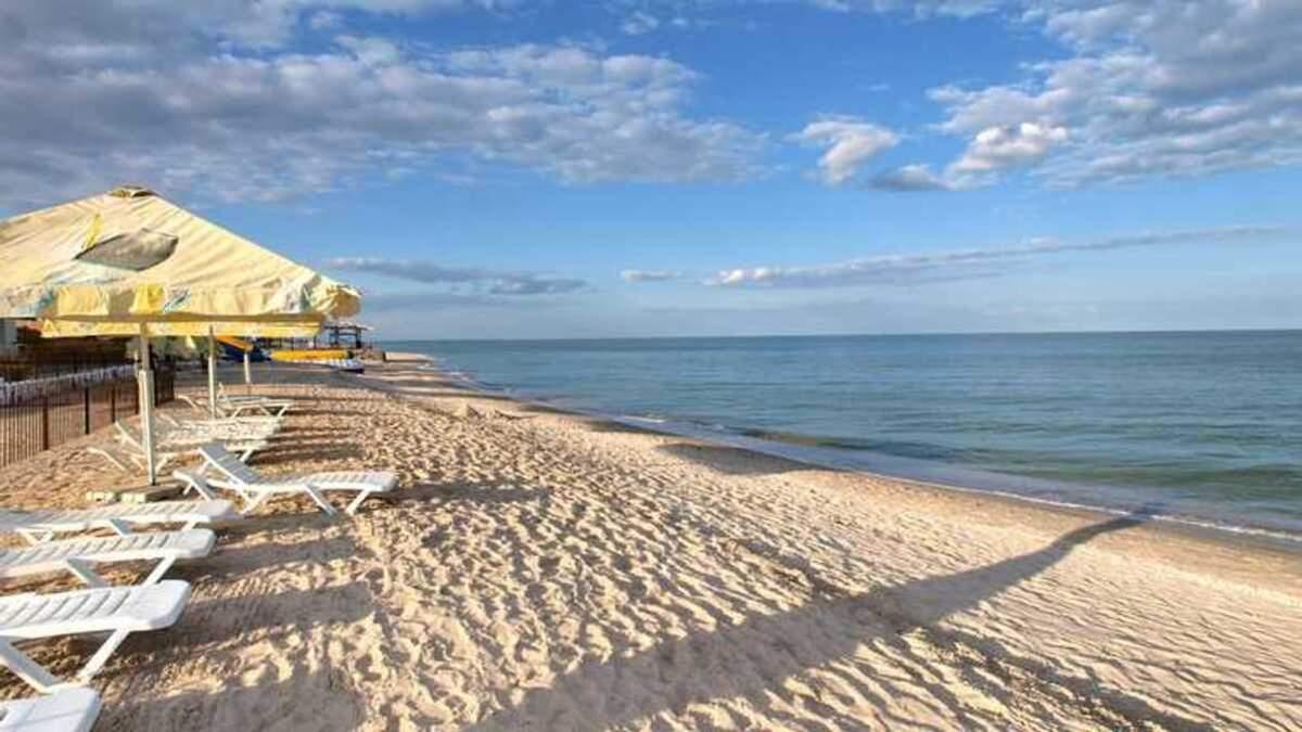 Малолюдні пляжі Одеси, які варто відвідати цього літа