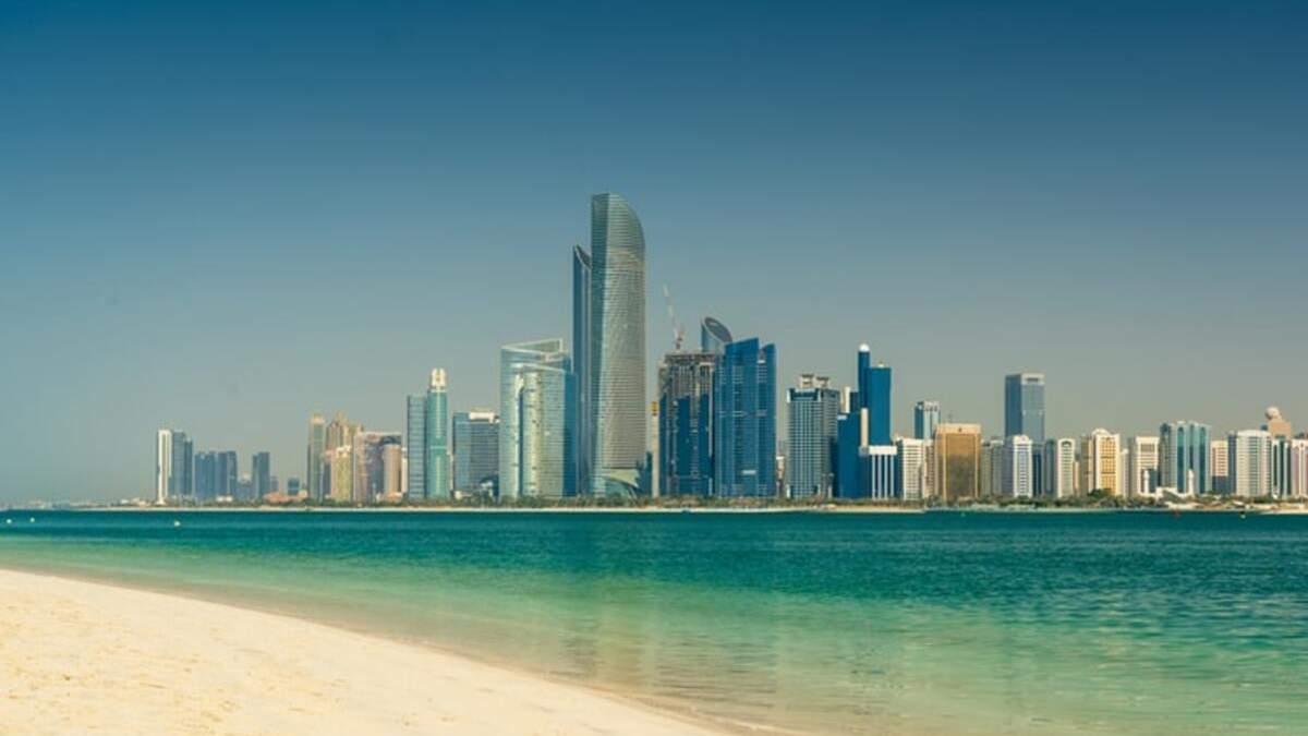 Никакого карантина: в Абу-Даби ослабили условия въезда для вакцинированных туристов - Travel