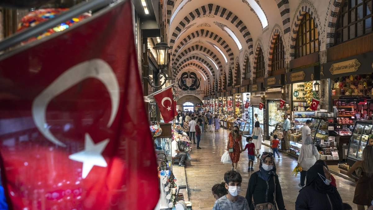 Чи стосуватимуться туристів нові карантинні обмеження в Туреччині: офіційні дані - Travel
