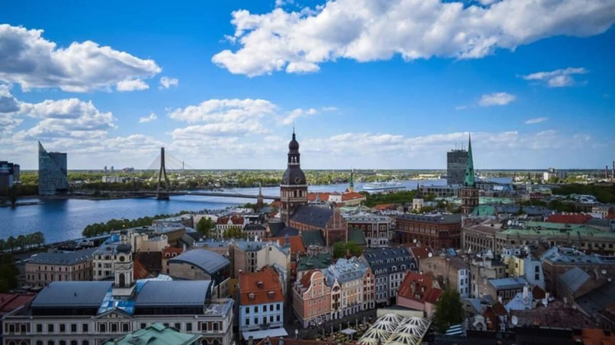 Балтійські країни спростили правила в'їзду для вакцинованих туристів, зокрема українських - Travel