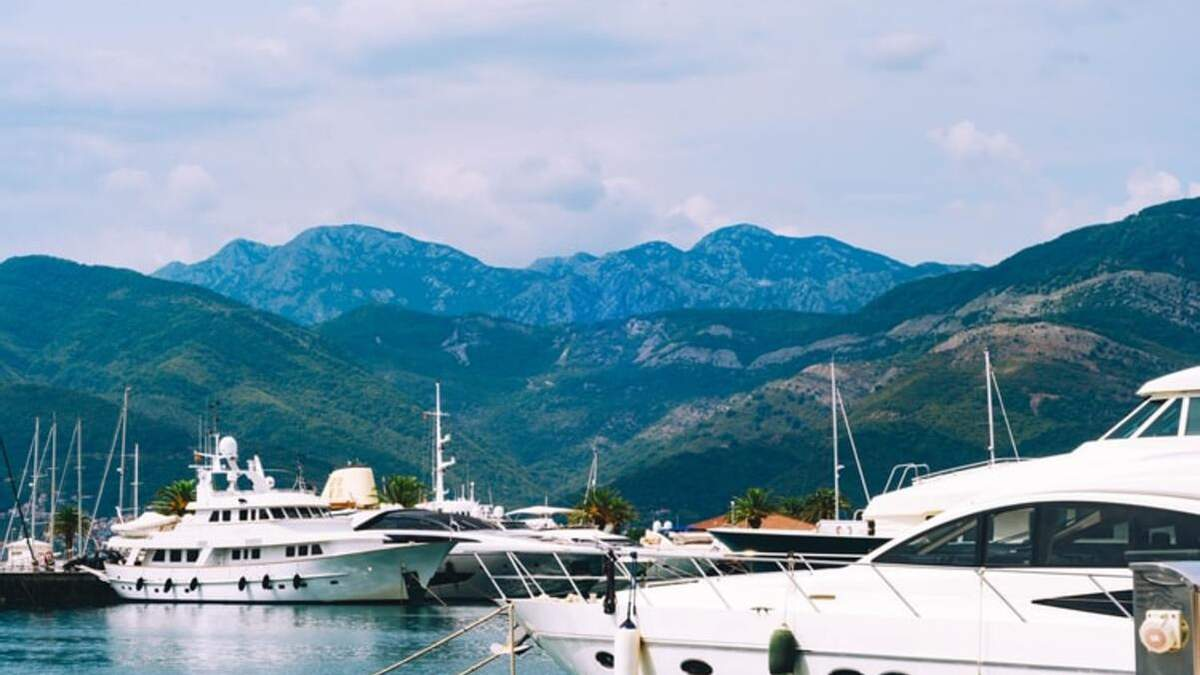 Только на 2 дня: SkyUp снизил стоимость авиабилетов на один из курортов Черногории - Новости Запорожье - Travel