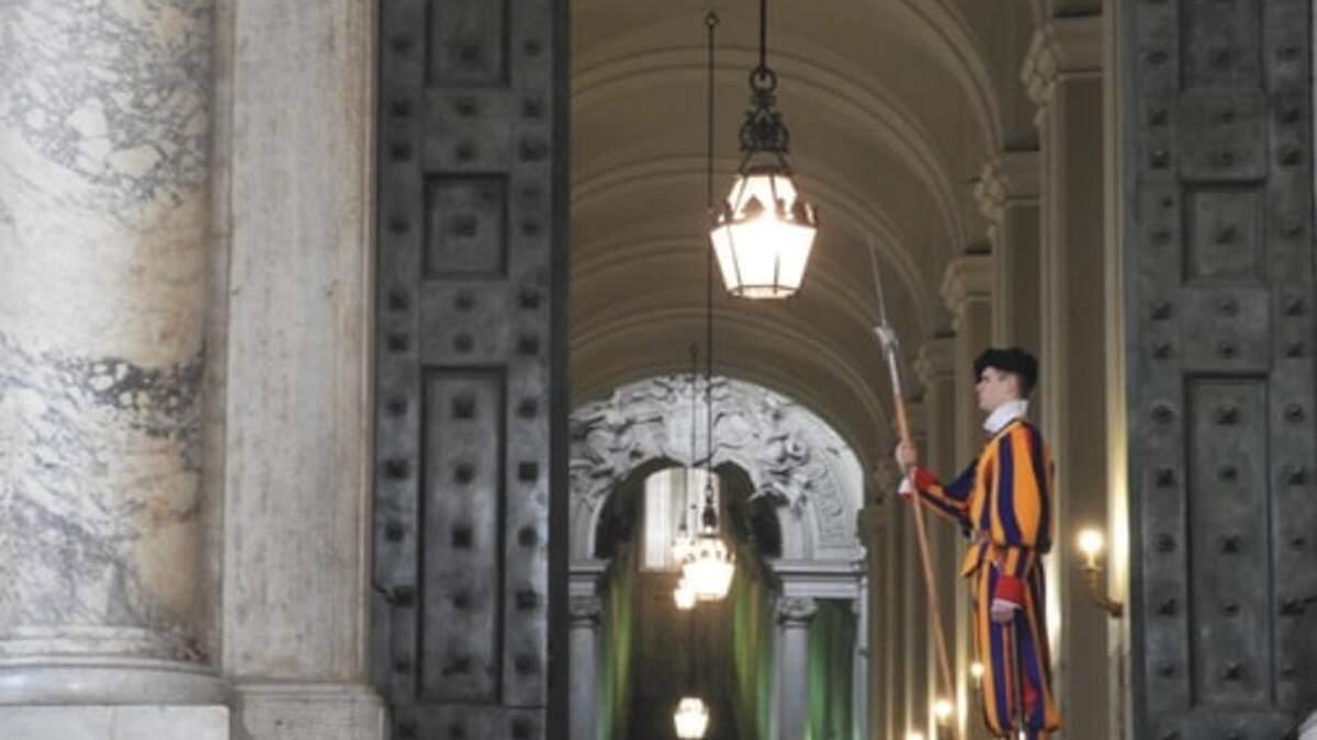 Ватикан посилює правила в'їзду для туристів: що зміниться - Travel