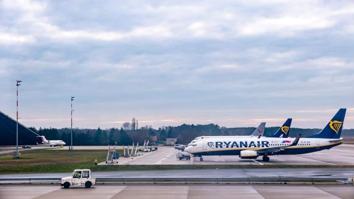 Лоукостер Ryanair має намір завезти до України 20 літаків - Travel