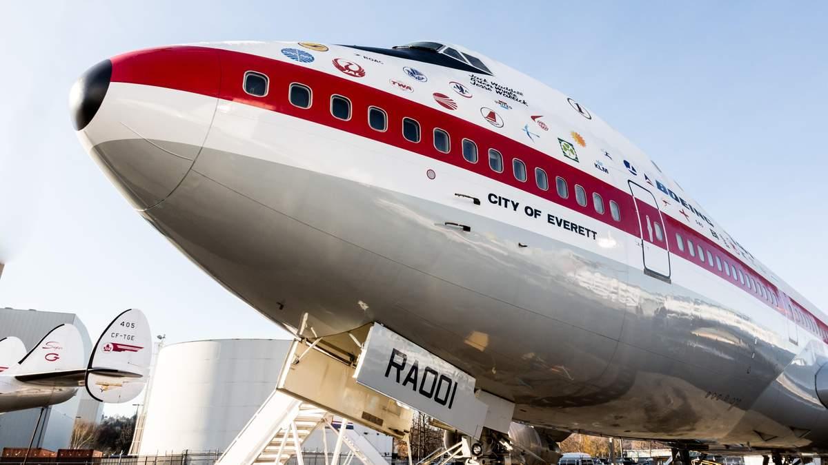 Капає, як в дірявій маршрутці: чому в літаках часом капає вода зі стелі - Travel