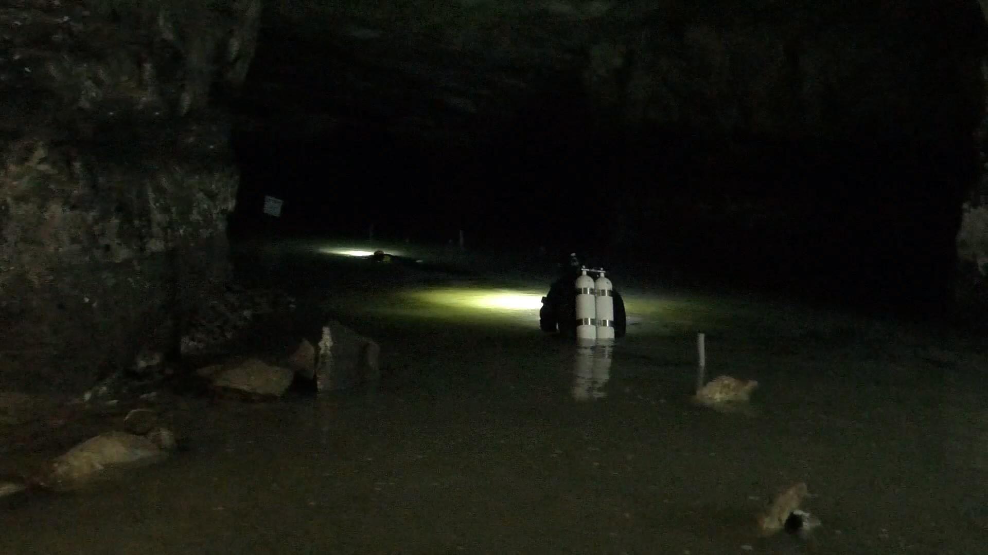 Пещерный дайвинг: в Украине обустроили подводные маршруты