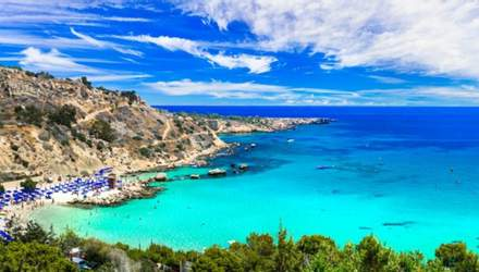 На море без карантина: Кипр назвал новые условия въезда для иностранных туристов