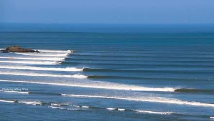 Хвиля Чикама: найдовша у світі хвиля, яка захищена законом – неймовірні фото, відео