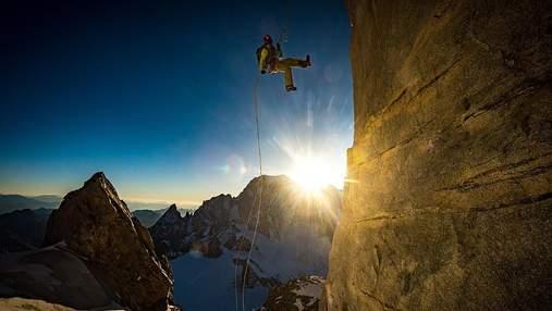 В Іспанії провели фотоконкурс про альпінізм: фото з адреналіном, від яких перехоплює подих