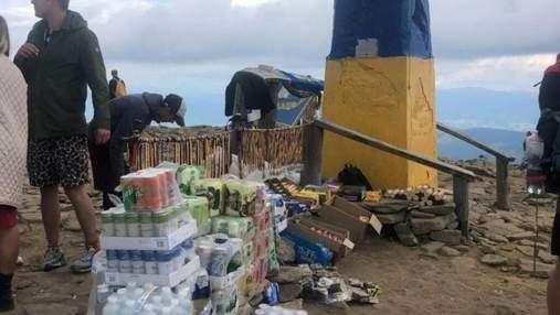 """""""Торгова точка"""" на висоті 2 061 метра: на Говерлі продають воду за 100 гривень"""