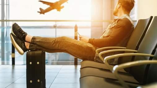 Скільки іноземних туристів відвідало Україну влітку 2021: дані ДПСУ