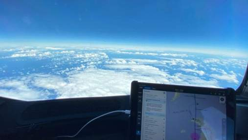 Пілоти показали, який вигляд має Антарктида з літака: пейзажне відео
