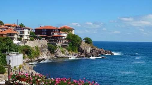 Болгария закрывает въезд для туристов из Украины: известная дата